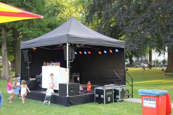 mobiel-podium-tent-4x4